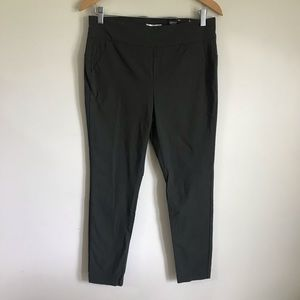 RW&CO Camber & Grace Green Pull On Legging Pants